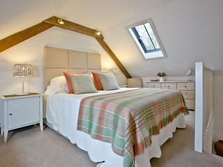 The Well, Ennys Farm - A pretty pet-friendly studio cottage that's the perfect g