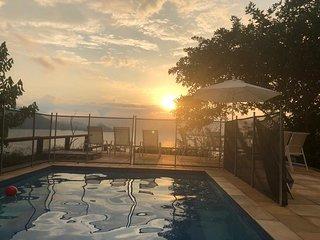 Linda casa em Angra- Condominio Portogalo