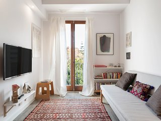 Modern & Beautiful One Bed Apt w/Terrace in Poble Nou