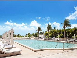 Beachfront 2BR Luxury Suite in Miami Beach