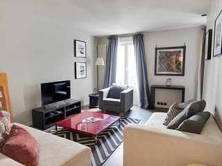 Pretty 2 rooms apartment in the heart of 17th /  Wagram