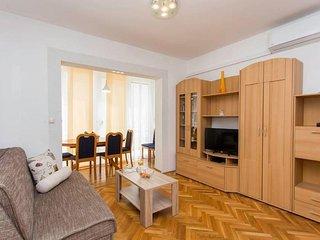 One bedroom apartment Kastel Stari (Kastela) (A-17964-a)