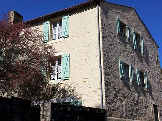 Gite des Moines, 4 bedroom Holiday Cottage