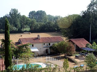 Maison Meli, Family Holiday Cootage with Private Pool in the Vendee