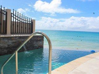 FAJA LOBIE... 3 BR Offers Great rates for a beachfront villa