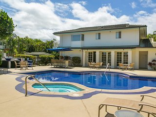 2bdrm Villa w/ Beautiful Sunset & Ocean Views, A/C, & Pool. Moku Villa