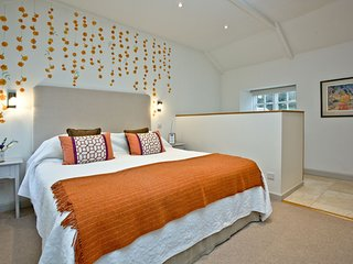 Godolphin, Ennys Farm - A romantic getaway for two this lovely studio occupies t