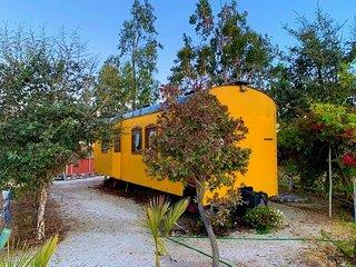 Vagones de tren habitables. Un lugar tematico e inusual.