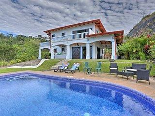 Chontales Home w/Saltwater Pool & Ocean Views!