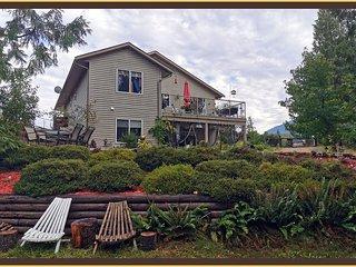 Whispering Cedars Guest Suite & Retreat