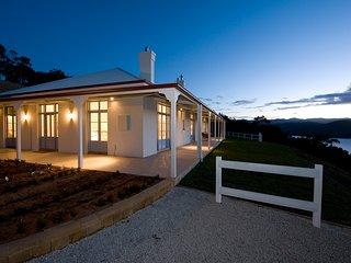Villa Talia Tasmania