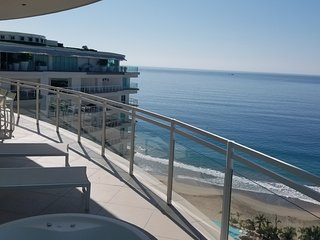 AMAZING Ocean Front with breathtaking view