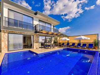 Villa Blue Star. Modern Three Bedroom Villa with Sea Views and a Private Pool.