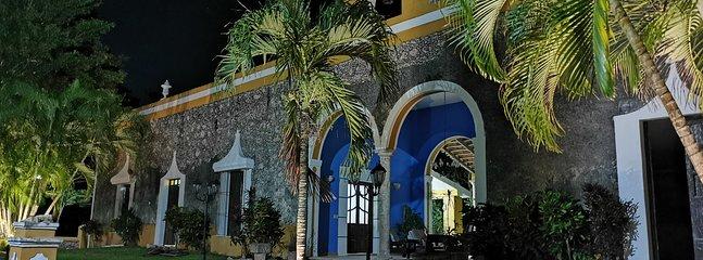 Stunning Hacienda Getaway minutes from Merida, casa vacanza a Homun