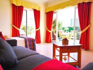 Vila da Praia, Alvor Ground Floor Pool View Apartment