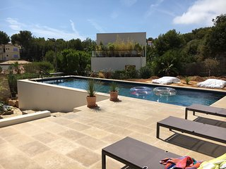 Villa 6pers climatisée, piscine chauffée, Proche mer, Bandol