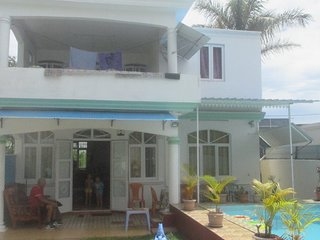 House/ Private Pool , wifi, jacuzzi/spa ,security alarm, canal+ near sea