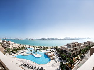 Premium 3-BR Apartments | Free Beach, Pool | Sea View