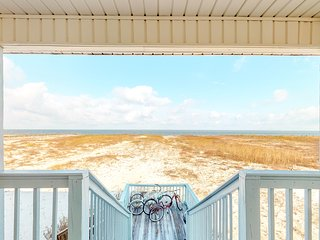 Waterfront beach house on the sound with breathtaking sunset views, gulf access