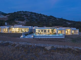 Hidden Hill Estate | Hidden Hill Villas in Naxos