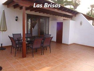Villa on the complex of Las Brisas (V9)