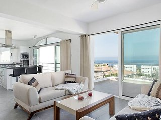 Joya Cyprus Golden Deluxe Penthouse Apartment