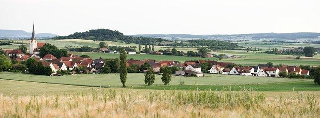 Ferien auf dem Biobauernhof, holiday rental in Friesenhausen