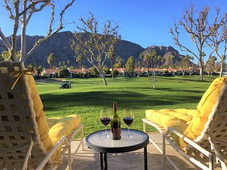 Palmer Private 8th Hole + Stunning Golf and Mountain Views + Dog friendly!