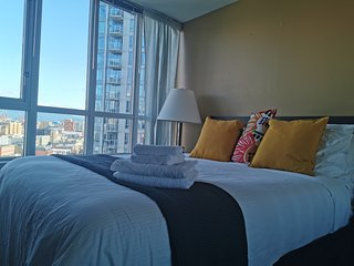 Entire 1 Bedroom APT with parking near skytrain at DT Vancouver