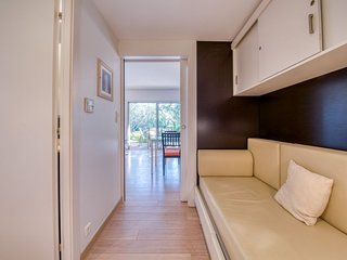 Bocca del Oro Apartment Sleeps 5 with Pool and Free WiFi - 5825086