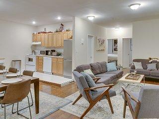 Luxury Four-Bedroom / Six Bed Apartment in Prime Chelsea Neighborhood!