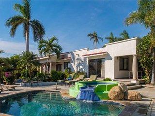 Charming Villa Near Zipper's Surf Break: Villa Sun Guadalupe, 3 BR