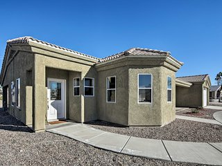 Family-Friendly Lake Havasu Ranch w/ Boat Parking!