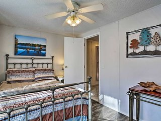 NEW! Nature-Lovers' Cozy Stay 2 Mi to Beavers Bend