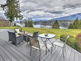 NEW! Modern Mt Vernon/Big Lake Home: Walk to Water