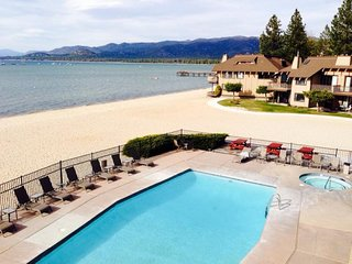EXQUISITE LAKEVIEW 2BR UNIT, POOL, BEACH