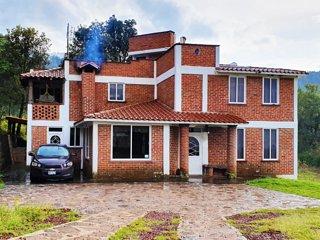 Senda Monarca (Casa/House)
