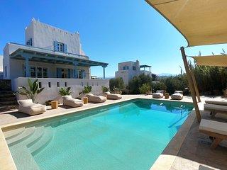 Seaside Naxos • 2 Villas Ariadne & Dimitra • 7 BDR • 6 BATH • Sleeps 18
