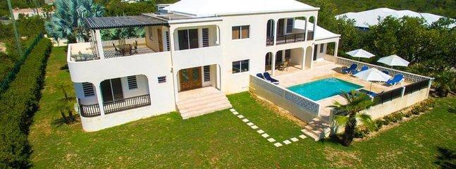West Green Villa, alquiler vacacional en Blowing Point