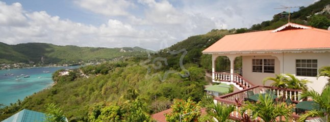 Hill Top Upper and Lower, holiday rental in Lower Bay
