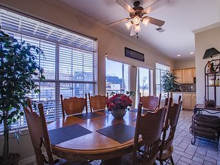 Glorious 4 bedroom, 4 bathroom condo located in the heart of Branson!