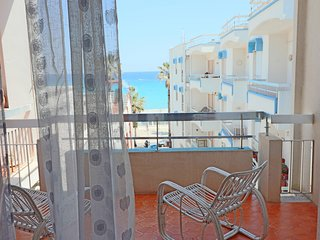 Central Apartment With Wi-fi, Air Conditioning & Balcony With Sea View; Garage