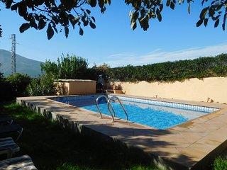 Beautiful Holidayhome With Pool near the Sierra Nevada
