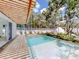 NEW LISTING! Peaceful home in nature w/ private jetted tubs, pool & grill