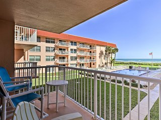 NEW! Oceanfront Condo w/ Balcony & Community Pool!