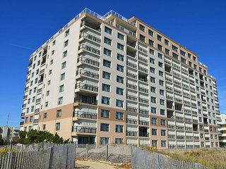 Sandpiper Dunes 1010 - Oceanfront with Pool & Great Views