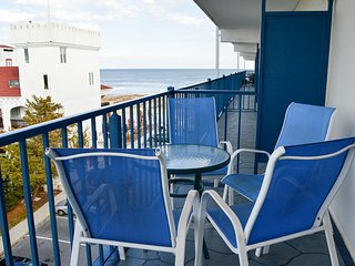 Sovereign Sea 406 - 1/2 Block to Beach in Mid-Town OC!