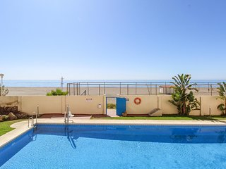 Stunning apartment in El Morche w/ Outdoor swimming pool, WiFi and 1 Bedrooms (E