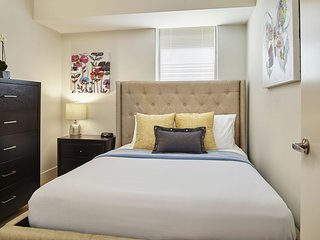 Dazzling Stay Alfred at Rittenhouse Square