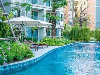 1 BDR Apartment 250 M. From Naiyang Beach (603)